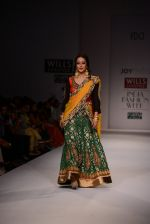 Raima Sen walks for Joy Mitra at Wills day 5 on WIFW 2014 on 13th Oct 2013 (34)_525cb5448346c.JPG