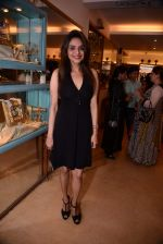 Madhoo Shah at Raveena Tandon and Roopa Vohra_s jewellery line launch in Mumbai on 18th Oct 2013 (174)_52621def0fa66.JPG