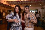Pooja Bedi at Raveena Tandon and Roopa Vohra_s jewellery line launch in Mumbai on 18th Oct 2013 (82)_52621f3ce4934.JPG