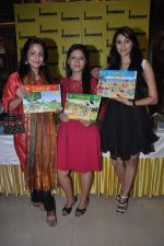 Lata Sabharwal at 3 Step up book launch in Landmark, Mumbai on 19th Oct 2013 (37)_5263ddc532758.JPG