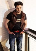 Manish Paul at Mickey Virus promotions in Delhi on 21st Oct 2013 (20)_52667391b292f.JPG