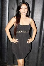 Puja Gupta at Mickey Virus promotions in Delhi on 21st Oct 2013 (19)_52667399cbb6f.JPG