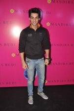 Karan Wahi at the launch of Mandira Bedi_s saree line in Khar, Mumbai on 26th Oct 2013 (253)_526cecbb05742.JPG