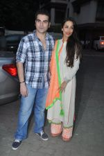 Arbaaz Khan, Malaika Arora Khan at the Launch of Alvira & Ashley_s store Ahakzai in Mumbai on 27th Oct 2013 (68)_526e9feb0c552.JPG