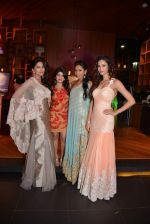 Parvathy Omanakuttan, Amruta Patki, Candice Pinto at Prriya Chabbria festive collection launch in Mumbai on 28th Oct 2013 (44)_526f953fc3b86.JPG