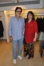 Sanjay Khan, Zarine Khan at Shahid Aamir_s collection launch in Juhu, Mumbai on 29th Oct 2013 (54)_5270b714068ac.JPG