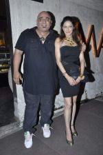 Poonam Jhawar at R Rajkumar completion party in Juhu, Mumbai on 30th Oct 2013 (42)_52725f089b595.JPG