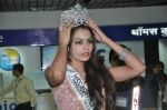 Srishti Rana, Miss Asia Pacific World 2013 winner returns from Korea on 4th Nov 2013 (28)_527901cc2c1fc.JPG
