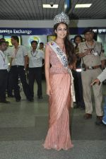 Srishti Rana, Miss Asia Pacific World 2013 winner returns from Korea on 4th Nov 2013 (29)_527901ccb9cd0.JPG