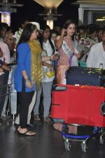 Srishti Rana, Miss Asia Pacific World 2013 winner returns from Korea on 4th Nov 2013 (35)_527901d002779.JPG