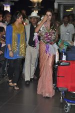 Srishti Rana, Miss Asia Pacific World 2013 winner returns from Korea on 4th Nov 2013 (36)_527901d0b9339.JPG