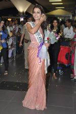 Srishti Rana, Miss Asia Pacific World 2013 winner returns from Korea on 4th Nov 2013 (41)_527901d506111.JPG