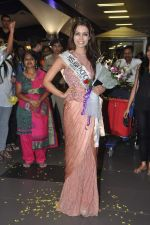 Srishti Rana, Miss Asia Pacific World 2013 winner returns from Korea on 4th Nov 2013 (45)_527901d7d5149.JPG