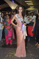 Srishti Rana, Miss Asia Pacific World 2013 winner returns from Korea on 4th Nov 2013 (46)_527901d87a1e8.JPG