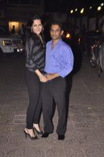Tulip Joshi, Vinod Nayar at Sohail Khan_s birthday bash and Diwali bash on 3rd Nov 2013 (128)_5278ea6743c4d.JPG