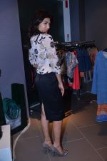 Archana Vijaya at Marks N Spencer fashion show in Mumbai on 11th Nov 2013 (119)_5281caa716917.JPG
