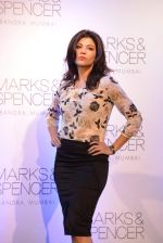 Archana Vijaya at Marks N Spencer fashion show in Mumbai on 11th Nov 2013 (83)_5281caa4ba1c3.JPG