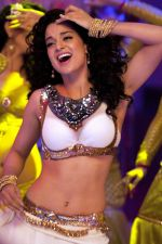 Kangana Ranaut in the still from movie Rajjo (6)_5281efd503a70.jpg