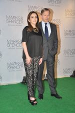 Nita Ambani at Marks & Spencer Launch in Bandra, Mumbai on 11th Nov 2013 (36)_5281c4c8adf56.JPG