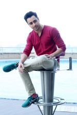 Imran Khan with Gori Tere Pyaar mein star cast in Delhi on 12th Nov 2013