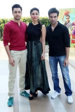 Kareena Kapoor, Imran Khan, Punit Malhotra with Gori Tere Pyaar mein star cast in Delhi on 12th Nov 2013