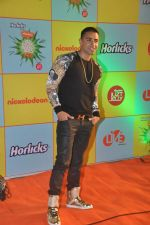 at Nickelodeon Kids Choice awards in Filmcity, Mumbai on 14th Nov 2013 (4)_52861beb434f3.JPG