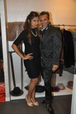 Imam Siddiqui at Marc Cain collection launch with Miss Malini in Napean Sea Road, Mumbai on 15th Nov 2013 (71)_52870d739dde1.JPG