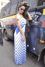 Poonam Pandey at cricket match in Mumbai on 15th Nov 2013