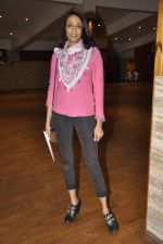 Achint Kaur at Ashvin Gidwani_s Scent of a man play in St Andrews, Mumbai on 16th Nov 2013 (4)_5288fcde47ef3.JPG