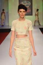 at Drashta Show on day 2 of Signature International fashion week in Mehboob, Mumbai on 16th Nov 2013 (102)_5288ff64eff24.JPG