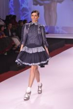 Model walks for Bora aksu at Signature International fashion week 2013 on 17th Nov 2013 (14)_5289a485beb7e.JPG