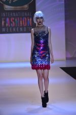 Model walks for Shane Falguni at Signature International fashion week 2013 on 17th Nov 2013 (20)_5289a4c80a80c.JPG