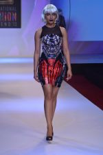 Model walks for Shane Falguni at Signature International fashion week 2013 on 17th Nov 2013 (24)_5289a4c989920.JPG