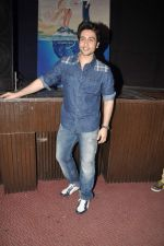 Adhyayan Suman  at the Promotion of Heartless at Panache Fashion Show in Mithibai College, Mumbai on 22nd Nov 2013 (17)_529085e01d71f.JPG
