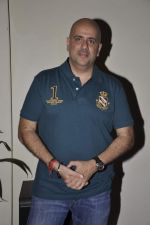 Ashvin Gidwani at the Success Party of Internationally Acclaimed Film Sandcastle in Mumbai on 26th Nov 2013 (51)_52958cfce8d20.JPG