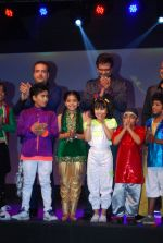 Jaaved Jaffrey, Ravi Behl, Naved Jaffrey at Boogie Woogie launch in Malad, Mumbai on 2nd Dec 2013 (18)_529d9575b55a8.JPG