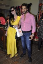 Umesh Pherwani at Shilpa Puri_s collection launch at Fuel in Chowpatty, Mumbai on 3rd Dec 2013 (22)_529f640b24a82.JPG