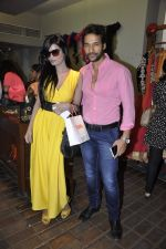 Umesh Pherwani at Shilpa Puri_s collection launch at Fuel in Chowpatty, Mumbai on 3rd Dec 2013 (23)_529f640a4d024.JPG