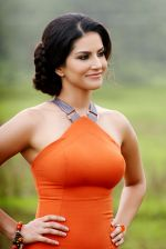 Sunny Leone in Kaizad Gustad_s Jackpot (6)_52a528160324e.jpg