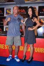 Gail Kim, Kurt Angle at TNA India tour press meet in Palladium, Mumbai on 9th Dec 2013 (58)_52a6aa982096c.JPG