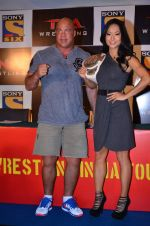 Gail Kim, Kurt Angle at TNA India tour press meet in Palladium, Mumbai on 9th Dec 2013 (70)_52a6aa9a5c115.JPG