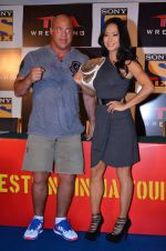Gail Kim, Kurt Angle at TNA India tour press meet in Palladium, Mumbai on 9th Dec 2013 (71)_52a6ab48e920c.JPG
