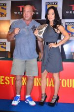 Gail Kim, Kurt Angle at TNA India tour press meet in Palladium, Mumbai on 9th Dec 2013 (72)_52a6ab49a1cb4.JPG