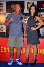 Gail Kim, Kurt Angle at TNA India tour press meet in Palladium, Mumbai on 9th Dec 2013 (76)_52a6aa9b4fec4.JPG