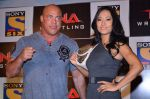Gail Kim, Kurt Angle at TNA India tour press meet in Palladium, Mumbai on 9th Dec 2013 (78)_52a6aa9bc4e93.JPG