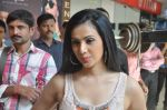 Shilpa Anand on location of the film The Mall in Bhayander, Mumbai on 9th Dec 2013 (5)_52a6aed08b390.JPG