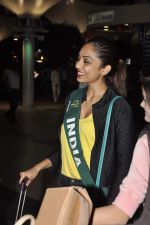 Shobhita Dhulipala Miss Earth arrives from Philippines in Mumbai Airport on 9th Dec 2013 (1)_52a6a9c969ac4.JPG