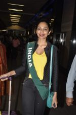 Shobhita Dhulipala Miss Earth arrives from Philippines in Mumbai Airport on 9th Dec 2013 (10)_52a6a9cde54d5.JPG