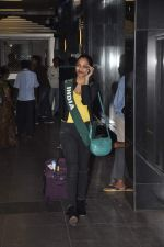 Shobhita Dhulipala Miss Earth arrives from Philippines in Mumbai Airport on 9th Dec 2013 (2)_52a6a9ca203dd.JPG