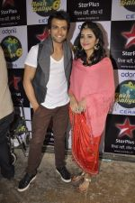 Rithvik Dhanjani, Asha Negi on location of Nach Baliye 6 in Filmistan, Mumbai on 10th Dec 2013 (94)_52a8084f5f94f.JPG
